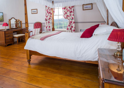 Beera-Farm-Bedroom-One_2