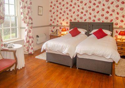 Beera-Farm-Bedroom1-twin